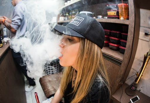 Is Vaping Better than Smoking: The Ultimate Showdown : eAskme