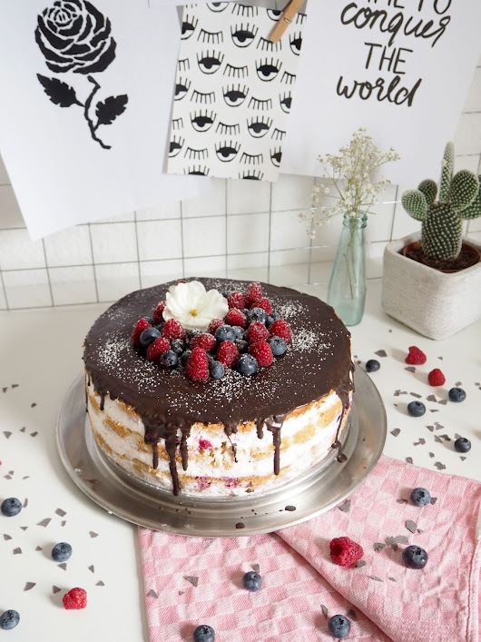 RECIPE: BERRY NAKED CAKE