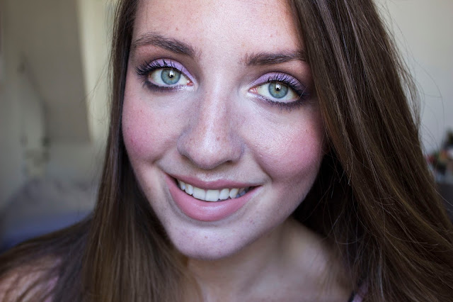 Make-up pastel et glow