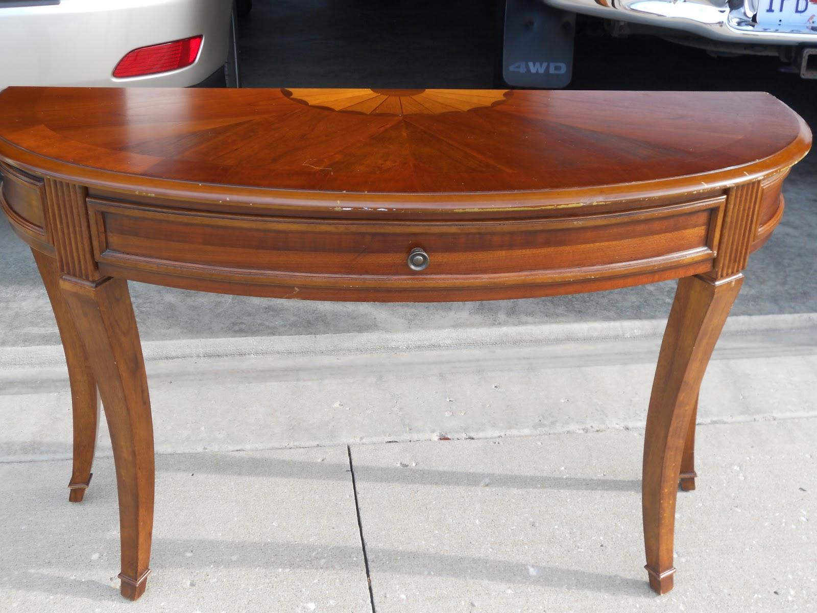 half round entry table - round designs