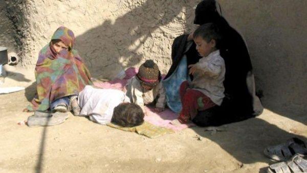 Nueve millones de afganos viven en extrema pobreza, informa ONU