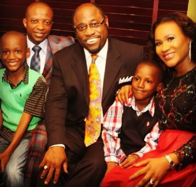 myles munroe with 2face idibia children