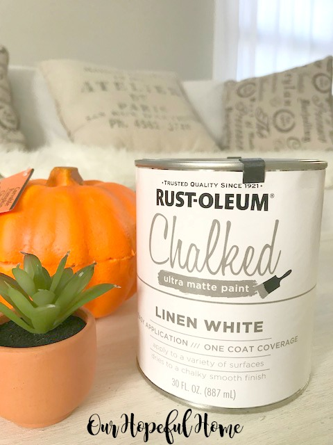 Can of Rust-oleum Chalked Paint in Linen White