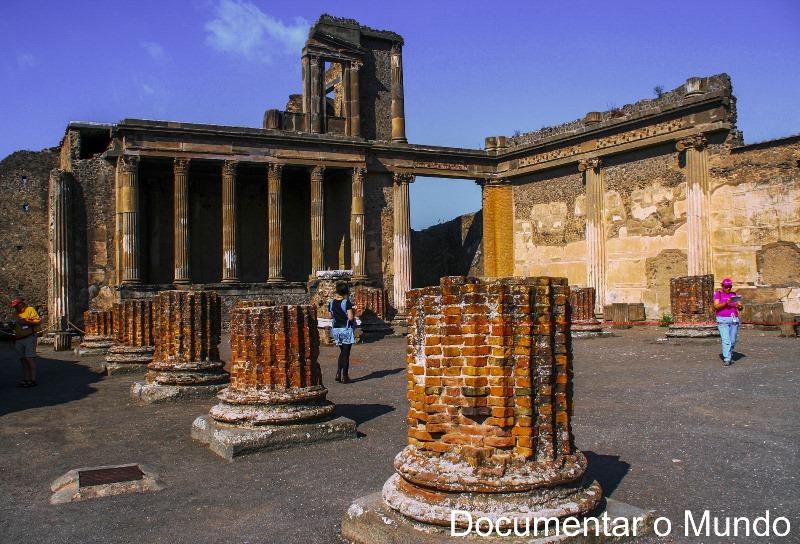 Basílica, Pompeia, Itália