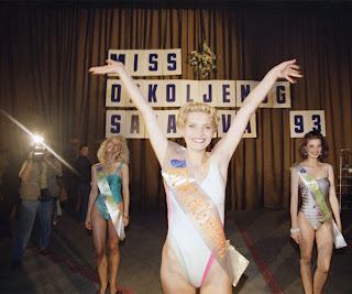 Miss Sarajevo contestent in bikini from U2 song