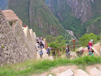 Subiendo a  Machu Picchu, Perú, La vuelta al mundo de Asun y Ricardo, round the world, mundoporlibre.com