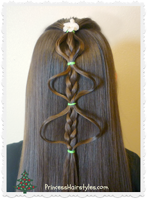 Easy bubble braid Christmas tree hair tutorial