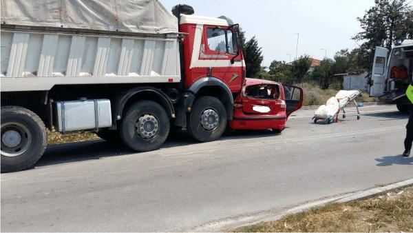 Κατερίνη: Σοβαρό τροχαίο ατύχημα με νεαρό τραυματία
