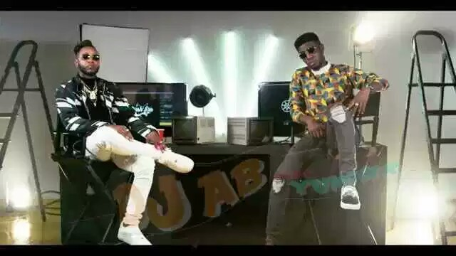 The Great visual of the recent released track title Yi Rawa DanceVideo by Dj Ab featuring Yung6ix Is finally out, The video was directed by Bash Em  Also shows off appearance of Deezell , Dj ab ft young6ix yi rawa