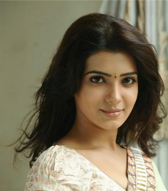 Cute Samantha Ruth Prabhu In A Aa Movie Wallpaper 00965