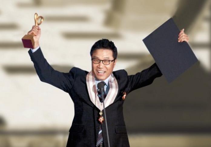 Cerita Panjang K-pop dan Sang Legenda Lee Soo Man