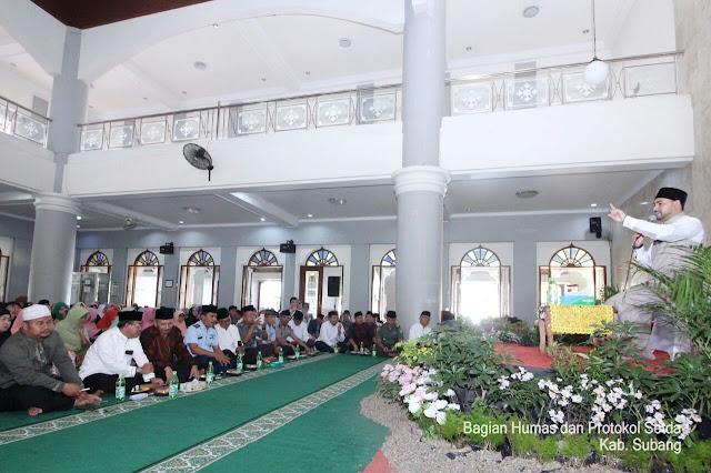 Ustad Ahmad Alhabsyi Ceramahi Warga Subang