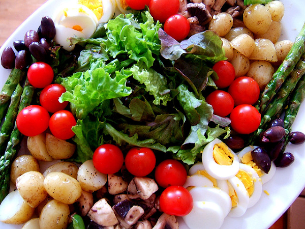 Food Education: How to Make Better Salads without a Recipe
