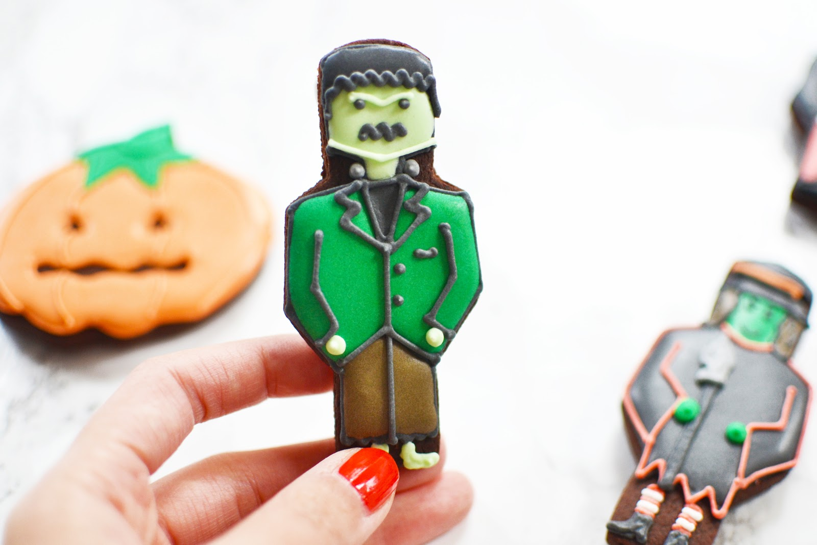 frankenstein ice biscuit for halloween