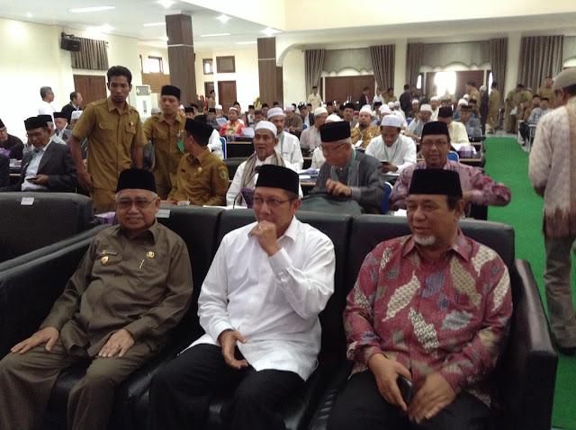 Persoalan Khatib Jum'at Pegang Tongkat, MPU Aceh Gelar Muzakarah