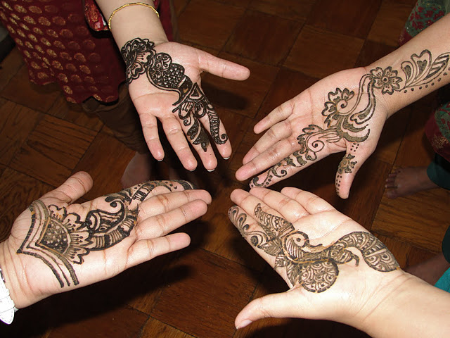 Latest-Fresh-Ara...Latest Arabic Mehndi Designs 2011 For Hands