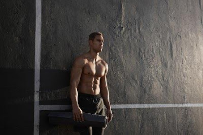 Latihan HIIT 7 Menit Membakar Lemak Lebih Banyak dan Membentuk Otot di Rumah