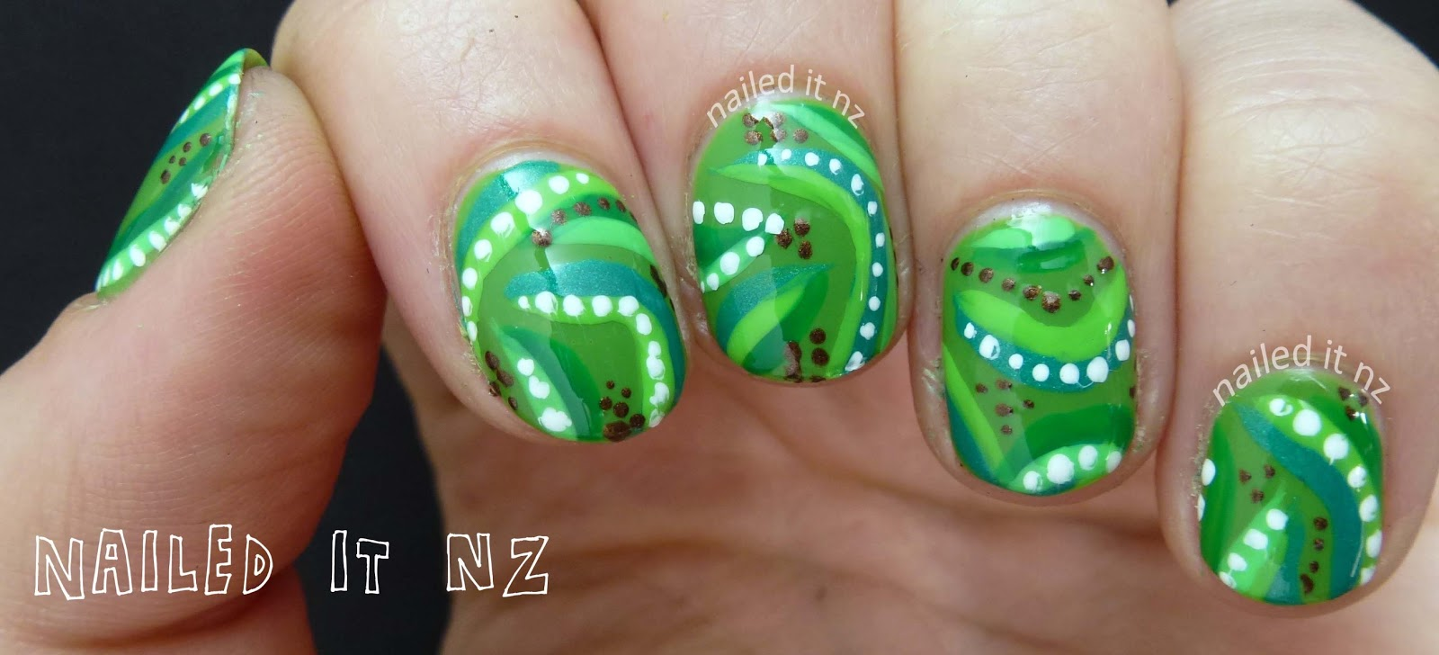Jungle tribal print nail art