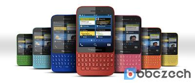 Hasta ahora, el BlackBerry ha revelado cuatro colores de su smartphone BlackBerry Q5: rojo, negro. blanco y rosa. Según lo informado por los amigos de República Checa, es posible que el BlackBerry Q5 llegue en más colores. Esta imagen supuestamente proviene de aquellos que están directamente relacionados con BlackBerry. No se sabe si el BlackBerry decide vender el modelo Q5 en estos colores y si da a conocer algunos de los colores de la imagen de arriba. La cuestión es que teniendo en cuenta el público objetivo, que se dirige a este teléfono inteligente en particular con BlackBerry 10, Muchos