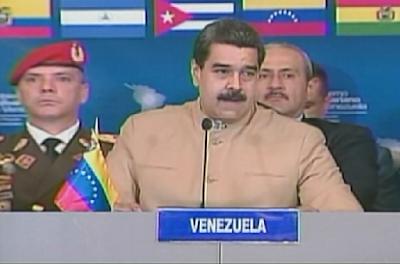 """Maduro suplicó a los presentes, diálogo """"por el respeto de Venezuela"""". Foto: Capture El presidente de la República, Nicolás Maduro suplicó la tarde de este martes un """"diálogo"""" de los países de la región """"por el respeto de Venezuela.  """"Le propongo al Alba que iniciemos un diálogo por el respeto de Venezuela, con el Gobierno de México, Perú, Argentina, Brasil… Chile, Paraguay"""", dijo durante su participación en la cumbre de la Alianza Bolivariana para los Pueblos de América Latina y el Caribe, Tratado de Comercio de los Pueblos (Alba-TCP).  Lea también:  ¡Está desesperado! Maduro se reúne con países del Alba-TCP tras sanciones estadounidenses"""
