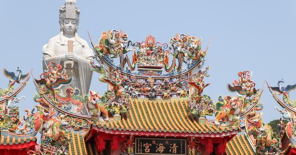 苗栗後龍清海宮石雕媽祖32公尺高神像,還能拍媽祖坐火車出巡