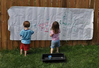 Quick and easy outdoor art activities for young kids
