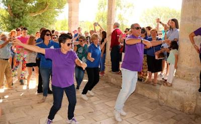 http://www.elnortedecastilla.es/palencia/antiguedad-danza-honor-20170924203407-nt.html