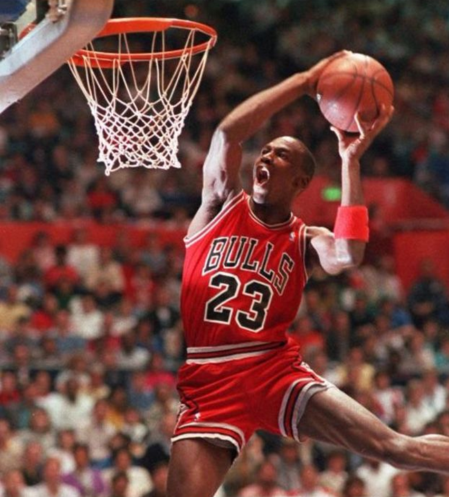 Michael Jordan rompe su silencio y habla sobre uno de los debates más polémicos de EE.UU.