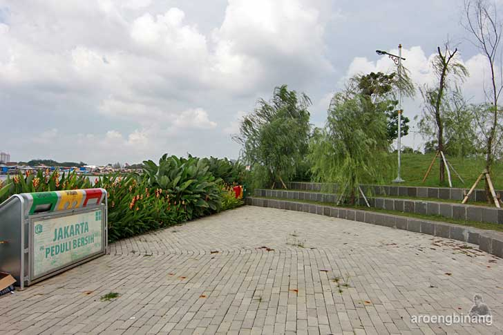 amfiteater mini taman kota ria rio jakarta