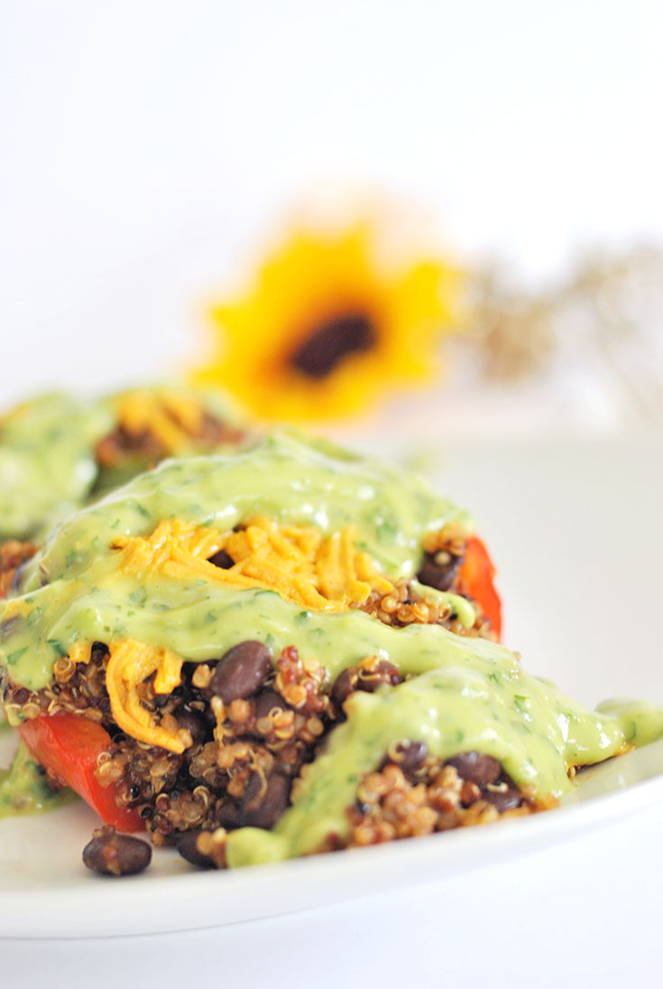 """Make"" more time and a delicious Quinoa Stuffed Peppers recipe! Get the details on this @SuccessRice recipe that will leave you saying ""quinWOW"" now!"