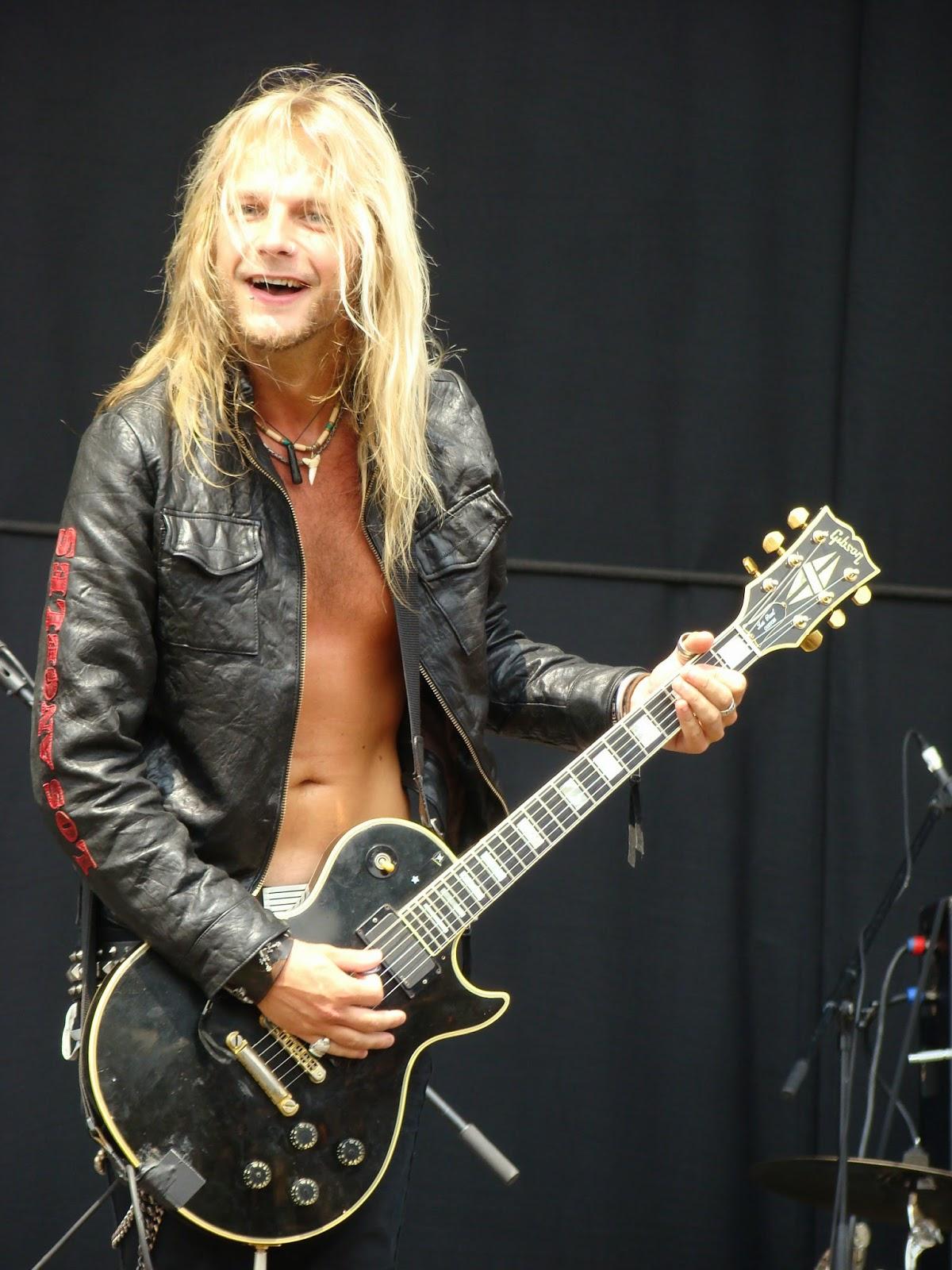 Rockfile Radio Rock Files: Happy Birthday RICHIE FAULKNER ...