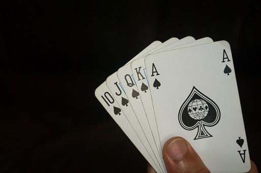 Las 5 ventajas de los jugadores profesionales de póker