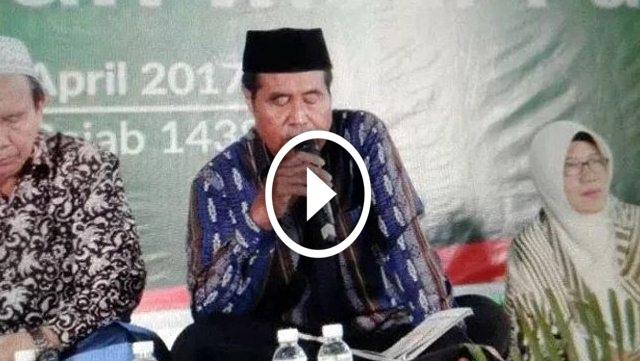 [VIDEO] Berikut Adalah Detik-Detik Ustadz Jakfar Meninggal Dunia Saat Sedang Membaca Al Qur'an