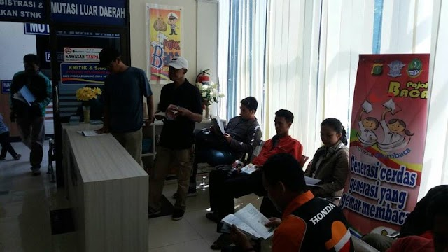 """Ada Fasilitas """"Pojok Baca"""" di Samsat Depok"""