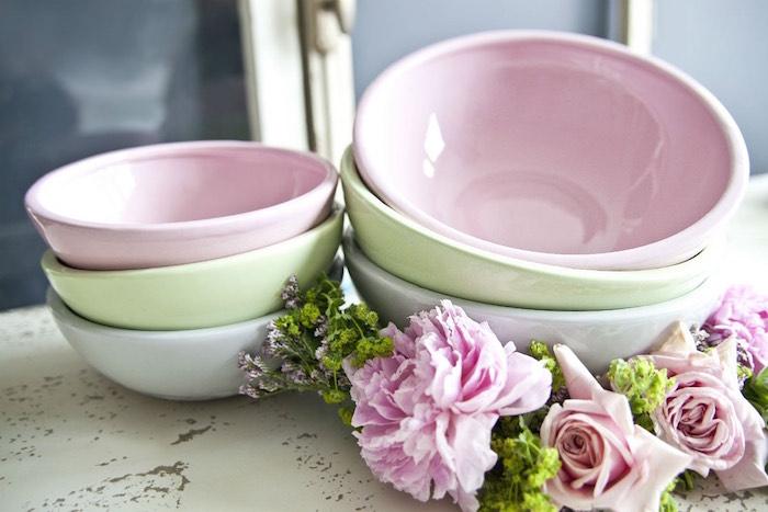 trucos para vestir la mesa en primavera- flores