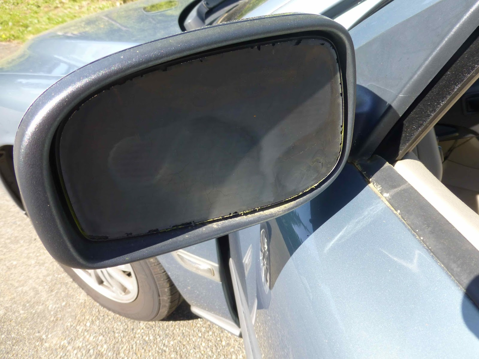 What Is The Best Glue For A Car Side Mirror