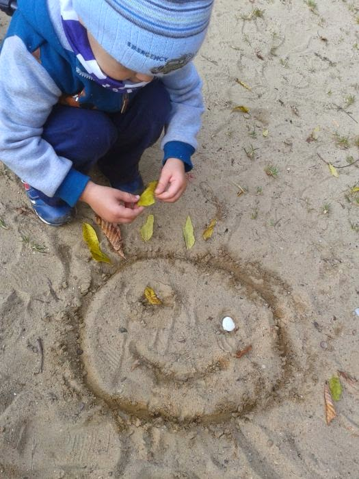 Jesienny obrazek na piachu