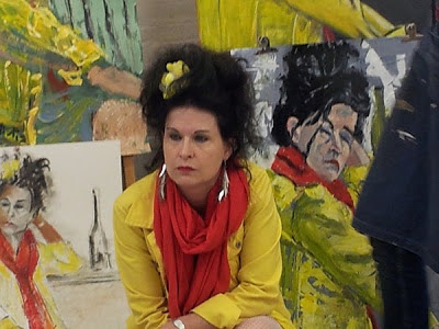Model Henriette poseert voor modeltekenen