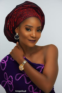 Meet Nigerian Lady Who Looks Exactly Like Singer, Simi