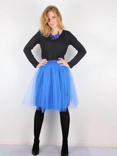 http://www.novamoda.pl/3743_spodnica_balerina___kobaltowa