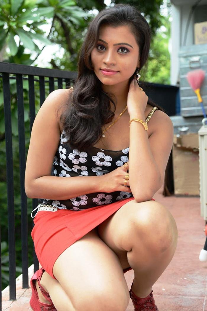 Sri Lankan Hot Girls Binu Priyanka Sexy Photos-6104