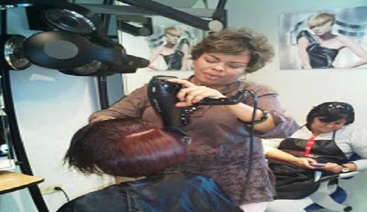 secando el cabello