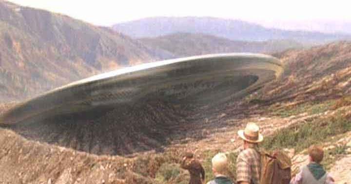 Mantan Agen CIA Ungkap Rahasia UFO -||- Berita Hari Ini