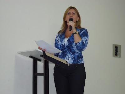 Shirley Targino,Prefeita de Messias Targino exonera todos os cargos comissionados e contratados.
