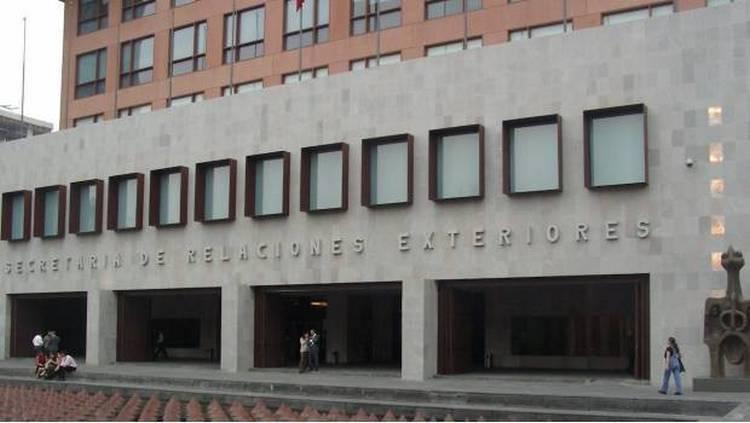 Embajadores mexicanos ganan en dólares o euros y más de lo que recibiría AMLO.