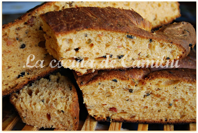 Pan fougasse de aceitunas y chorizo (La cocina de Camilni)