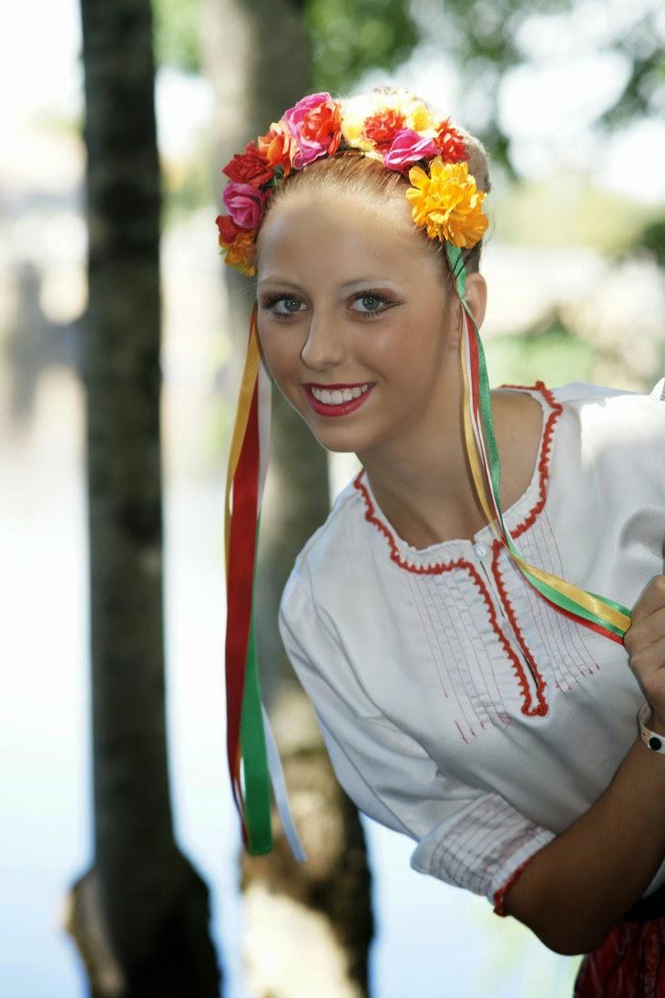 Beautiful & HoT Girls Wallpapers: Serbian Girls