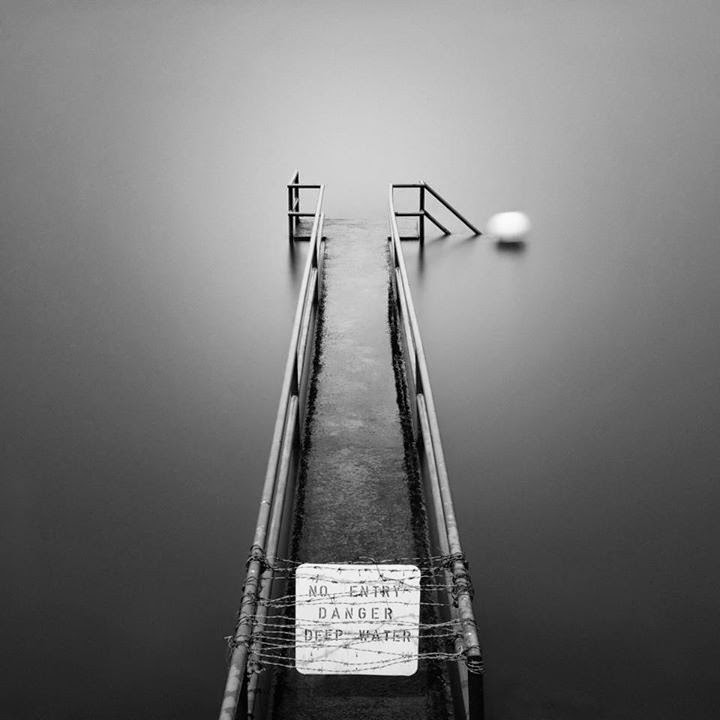 01-Jamal-Alias-Black-and-White-Long-Exposure-Photographs-www-designstack-co