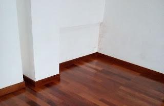 plint kayu
