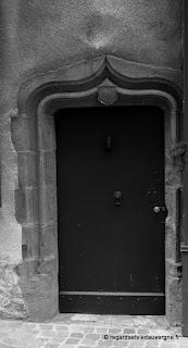 Riom Puy-de-Dôme, porte ancienne.
